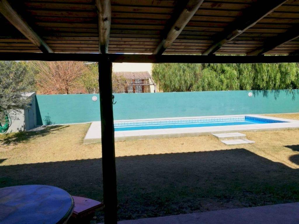 Inmobiliaria ALOJA – PROPIEDAD EN VENTA – DOS DEPARTAMENTOS Y PILETA ...