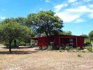 Inmobiliaria Aloja - Vende COMPLEJO CAMINO AL DIQUE - Casa c/ 3 cabañas en 2 HECTÁREAS de terreno a 6 Km del centro de San Marcos Sierras